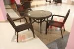 Столове от ратан за голям хотел